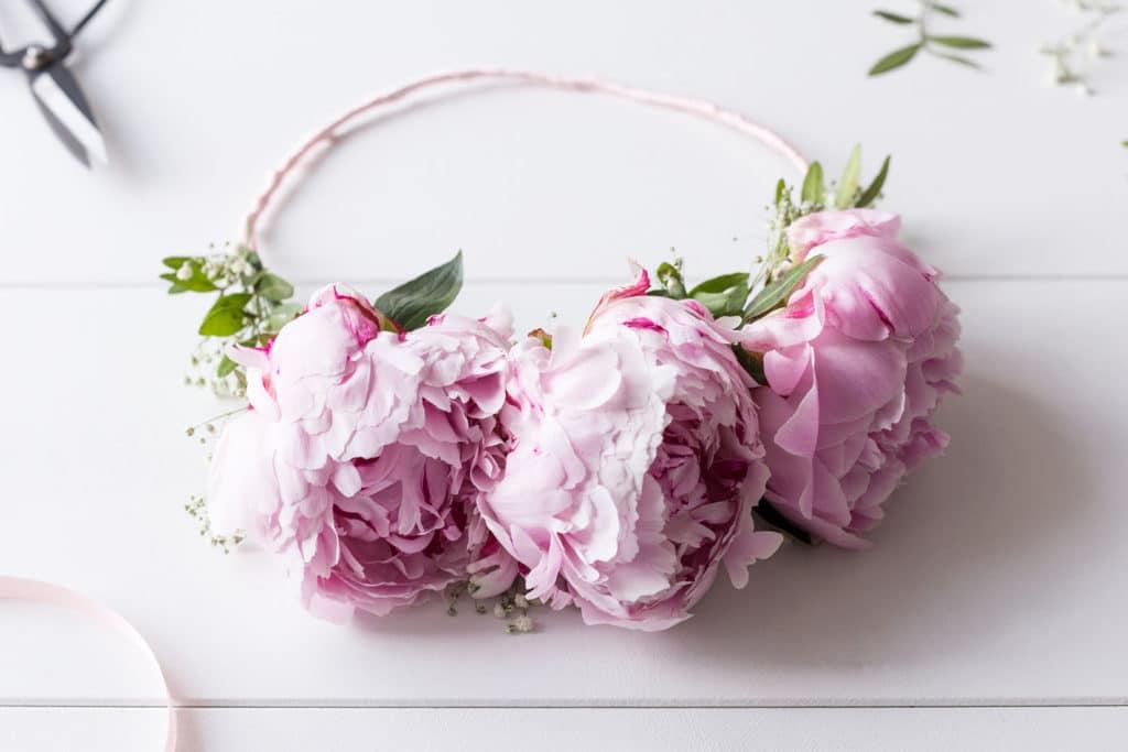 DIY Blumenhaarkranz für Deinen Summer of Love