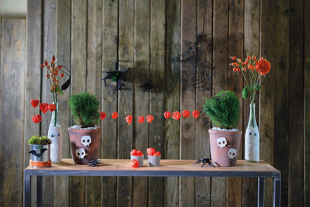 DIY Vasen im Mumien Look und Mini Kürbis Gesichter