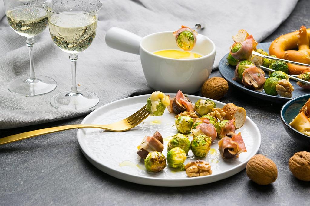 Käse Fondue mit Rosenkohl und Champignons