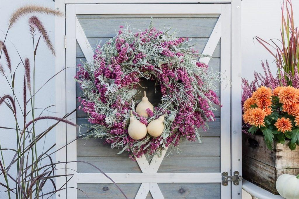 DIY Herbstkranz aus Erika und Heide
