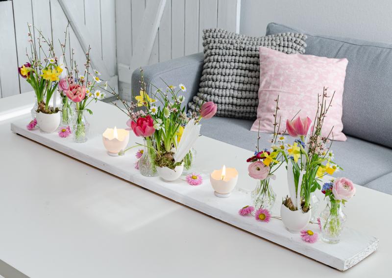 tischdeko-zu-ostern-mit-bunten-fruehlingsblumen (1 von 1)-2